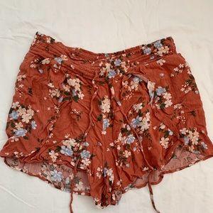 American eagle flowy flower shorts!